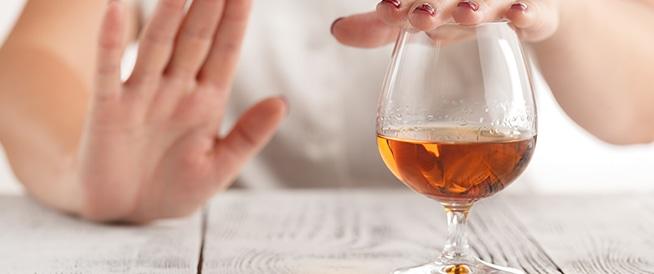 أسباب طبية تجعل القيادة ممنوعة تحت تأثير الكحول والمخدرات ..