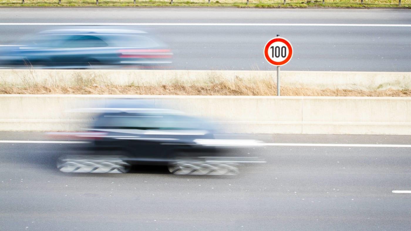 اعتباراً من اليوم , السرعة القصوى 100ك/س على الطرق السريعة في هولندا