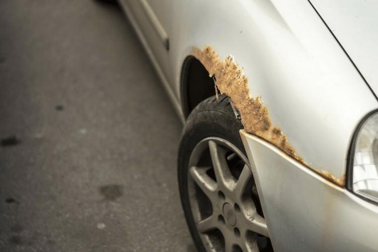 حلول ومنتجات لحماية السيارة من الصدأ