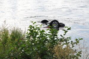 برودينباخ: غرق سيارة حمراء مع سائقها في موزيل