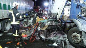 دريسدن حادث مميت على الطريق السريع A4 :