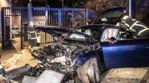 حادث لسائق مبتدئ أمام مركز الشرطة