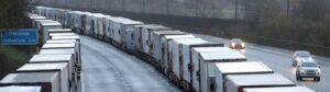 أكثر من 1500 شاحنة عالقة عند القناة الإنكليزية
