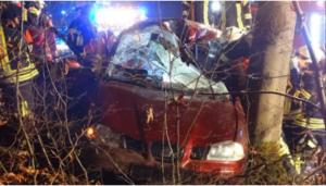 إصابة خمسة أطفال في حادث سيارة يقودها طفل (13 عام)