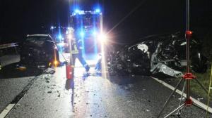 تورطت أربع سيارات في حادث بسبب تجاوز خاطئ