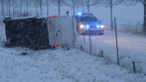 ساكسونيا-فوضى على الطرقات السريعة بسبب الثلوج