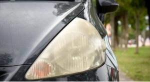 لماذا يتجمع الضباب في مصابيح السيارات؟ وكيف يمكن إصلاحها ؟