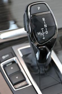 نصائح لقيادة سيارة بناقل حركة أوتوماتيكي