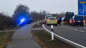 مطاردة الشرطة لسائق متهور على الطريق السريع A2