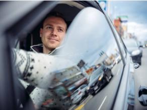 أخطاء شائعة عند السائقين وعواقبها على محرك السيارة