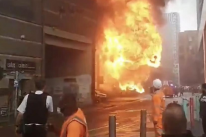 لندن-انفجار في مرآب تحت محطة للقطار