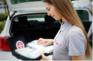 الأقنعة (الكمامة) أصبحت إلزامية في حقيبة الإسعافات الأولية للسيارة